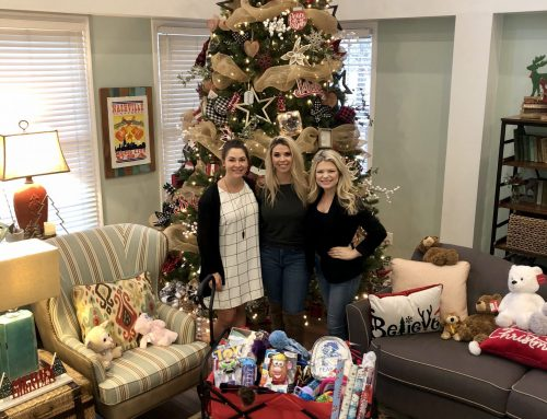 SANDRA LYNN SPREADS CHRISTMAS CHEER TO RONALD MCDONALD HOUSE CHARITIES OF NASHVILLE
