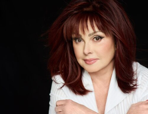 Tune in: Naomi Judd to Present During The American Humane Hero Dog Awards on Hallmark Channel Oct. 19 at 8/7c