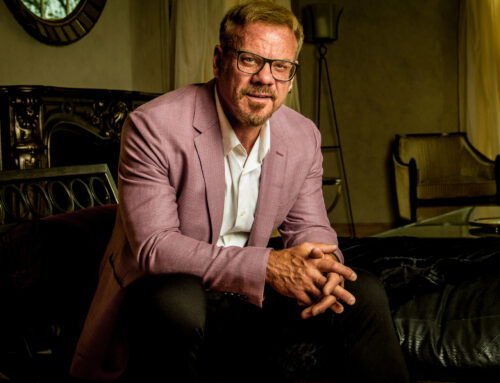Phil Vassar Joins All-Star Lineup to Perform National Anthem During FOX Nation's Patriot Awards
